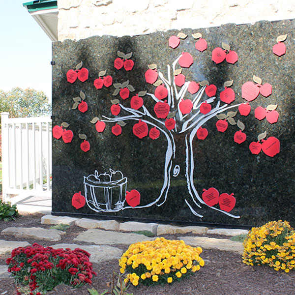 Apple of Your Eye Tribute Tree at Juilfs Park