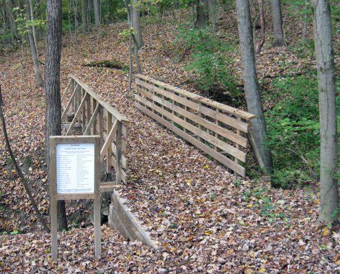 Johnson Hills Park trail and bridge
