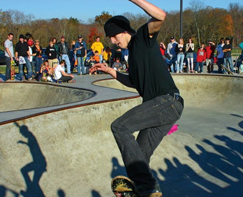 skater in front of a crowd at the Beech Acres Park skatepark