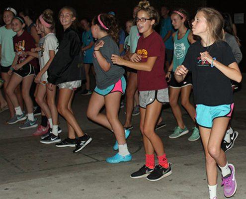 teen girls dancing