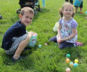 youth egg hunts at riverside park ball diamonds