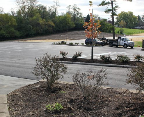 finished driveway and parking lot at johnson hills park
