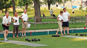 learn to lawn bowl at little miami golf center